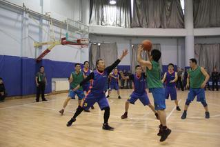 2017年教职工篮球赛
